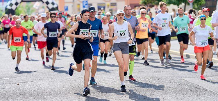 Vedle chodovské maxištafety se včera také uskutečnil tradiční sokolovský 1/4 maratón